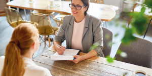 Retenção de funcionários: onde e como investir de forma estratégica?